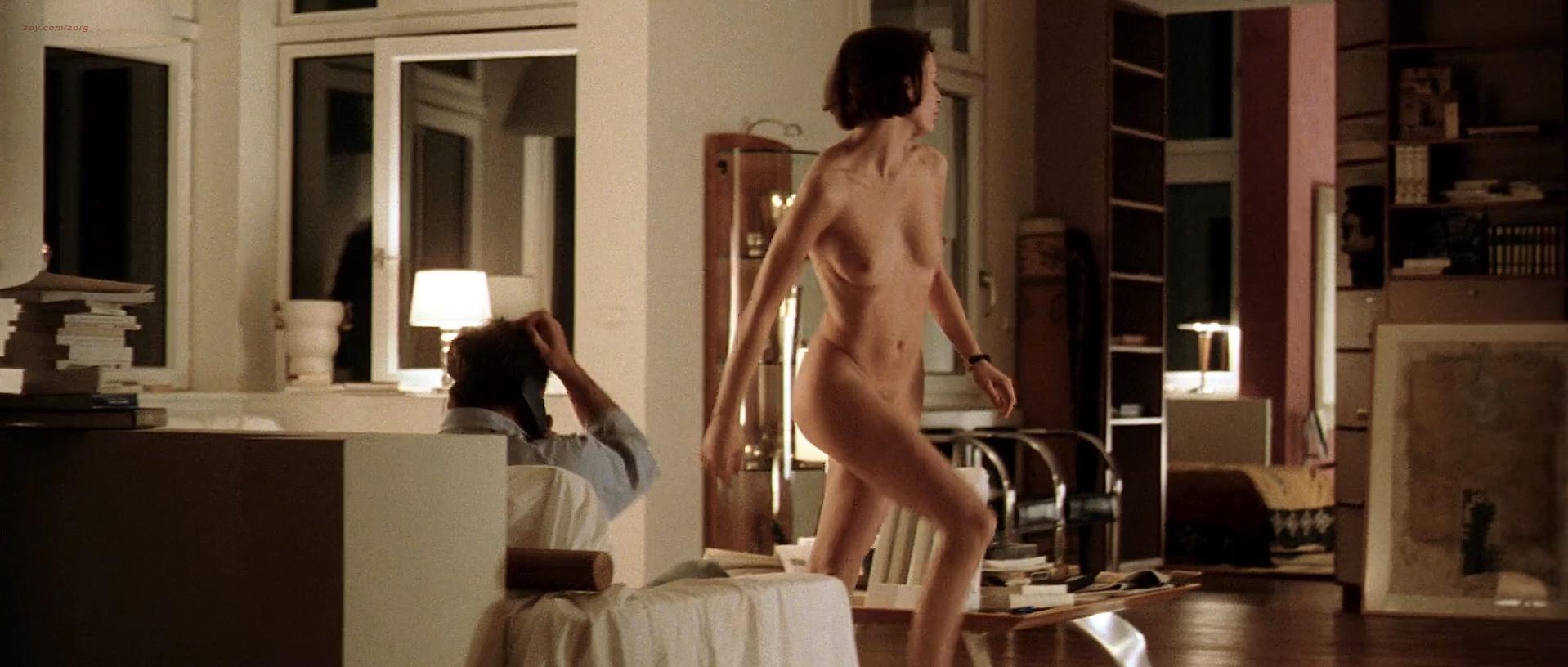 Sophie Aubry nude - Pas De Scandale (1998)