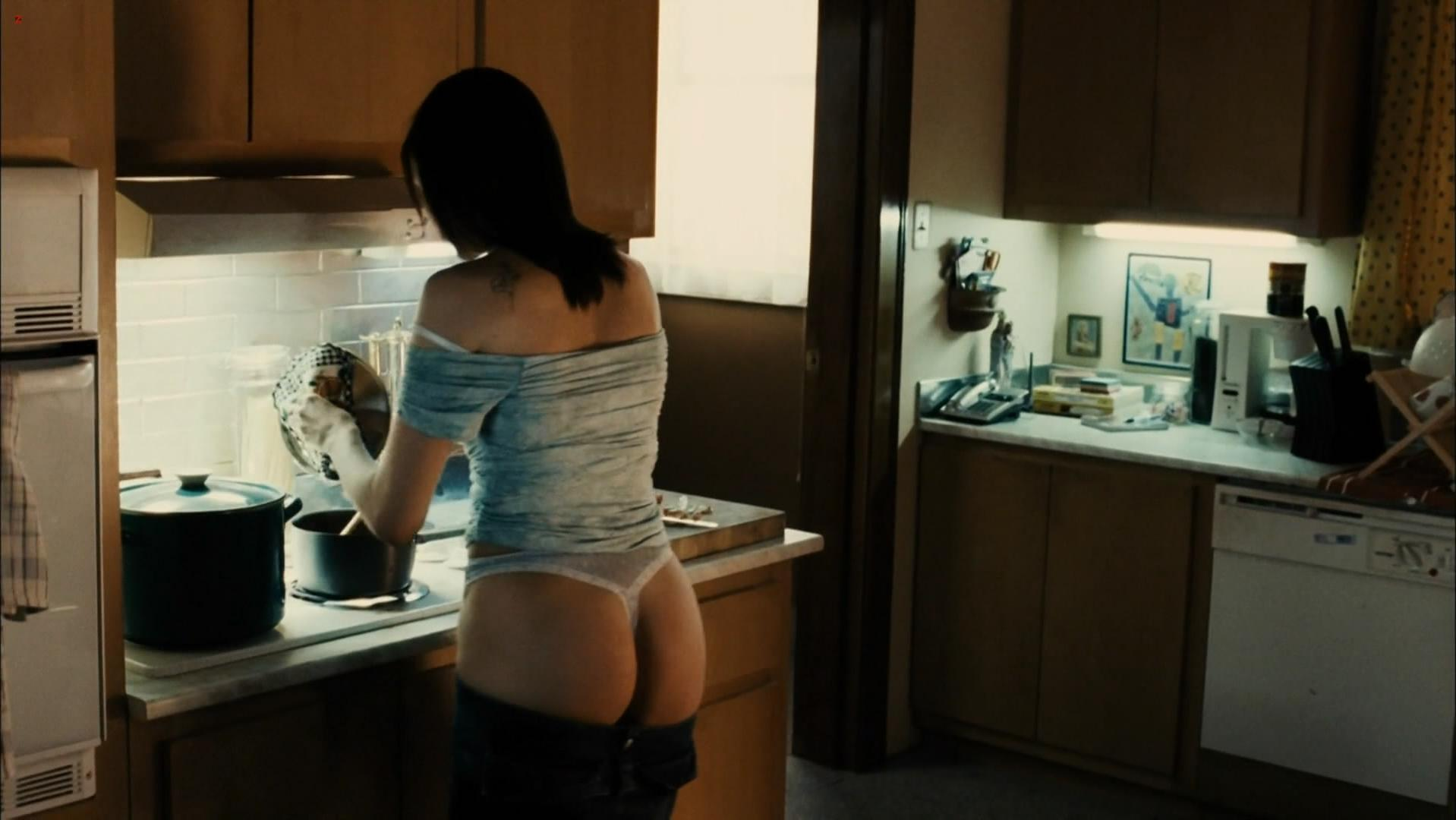 Running scared ass pic movie stills, pussy porn games