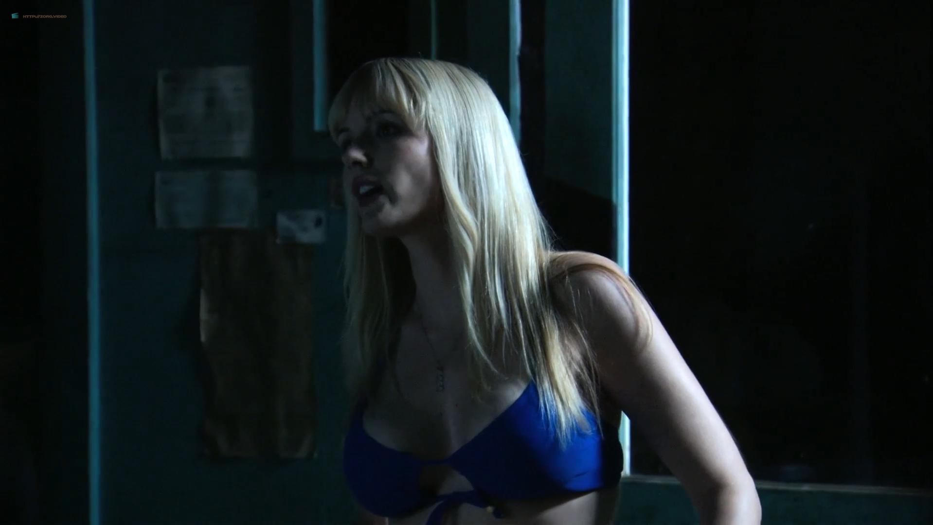 Suzi Lorraine sexy, Kerri Taylor sexy, Caroline Faille nude - Bikini Girls on Ice (2009)