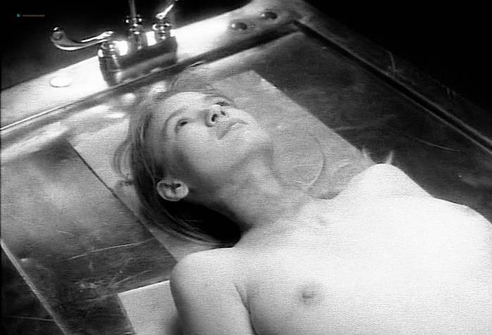 Tina Bockrath nude - Tales from the Crypt s03e04 (1991)