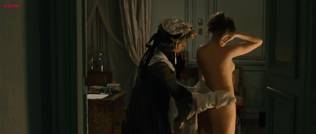 Vera Farmiga nude - The Vintner's Luck (2009)