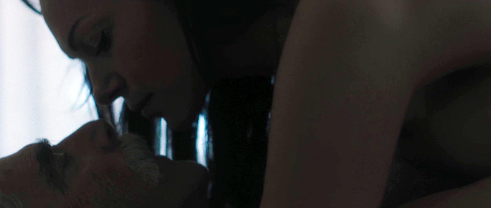 Xhamster black lasbians anal fisting