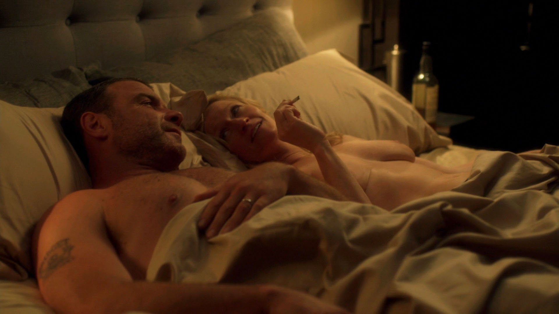 Attractive Paula Malcomson Nude Pictures