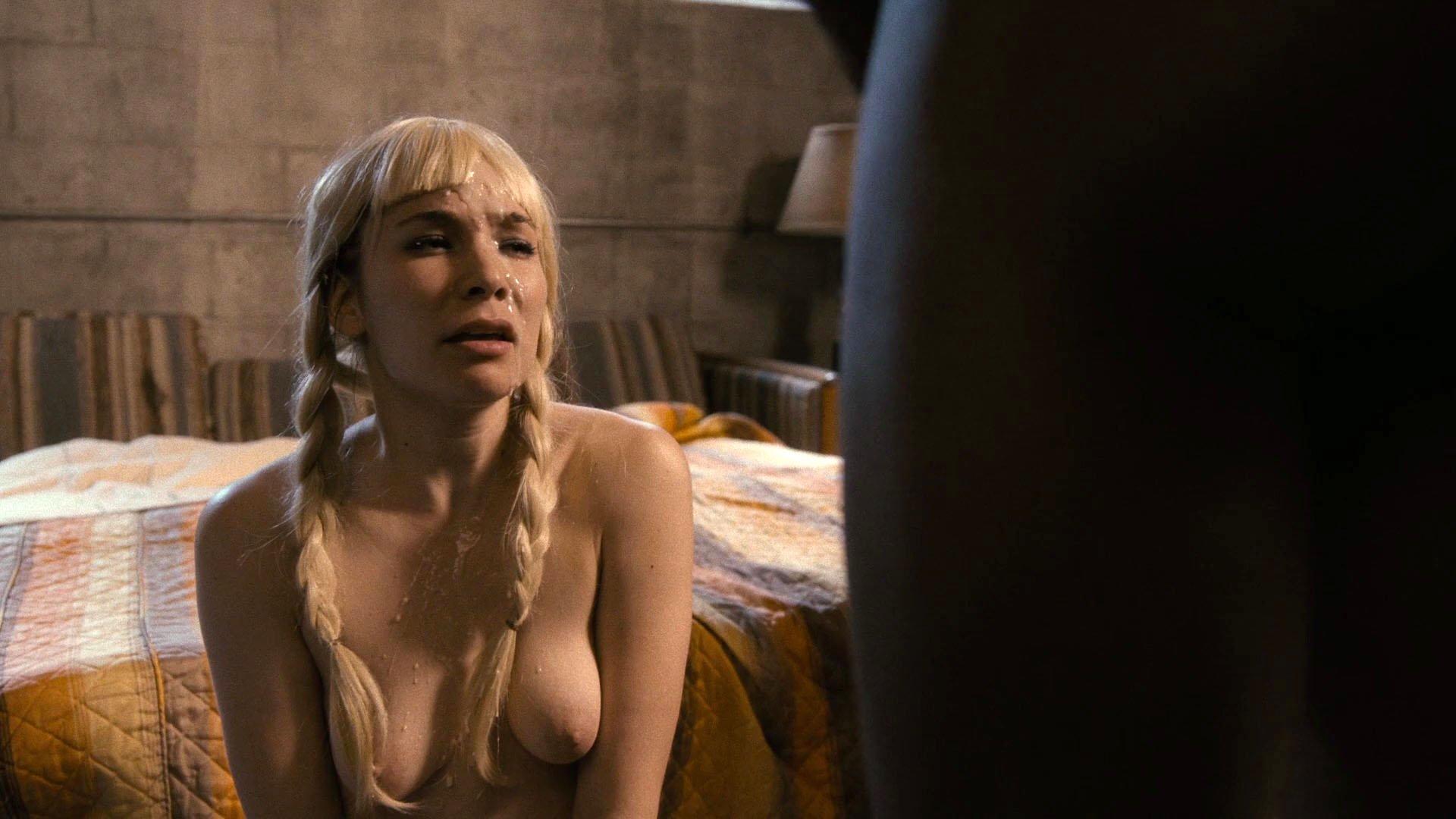 Maggie Gyllenhaal nude, Alyssa Kempinski nude - The Deuce s01e02 (2017)