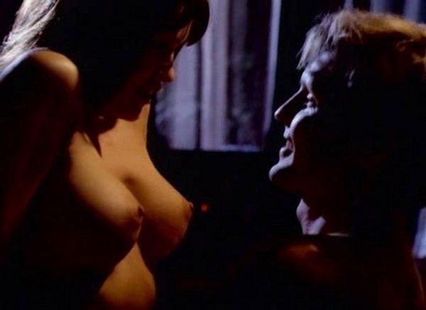 Lisa Boyle - Dreammaster: The Erotic Invader (1996)