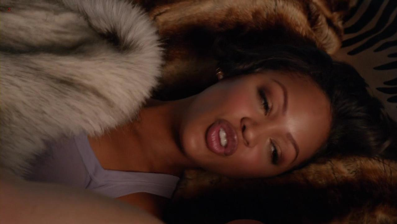 Meagan Good sexy - Californication s05e02 (2012)