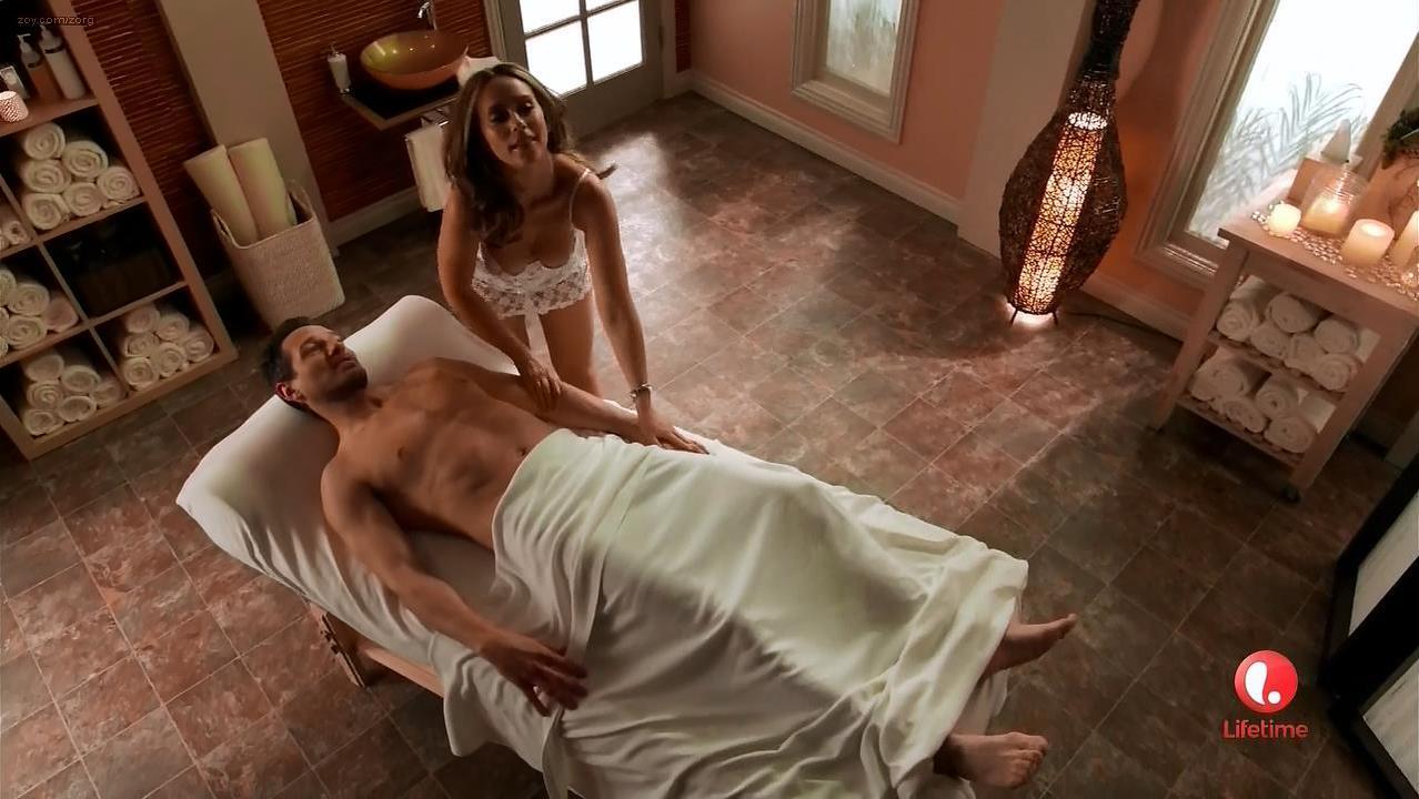 Jennifer Love Hewitt sexy - Client List s02e12 (2013)