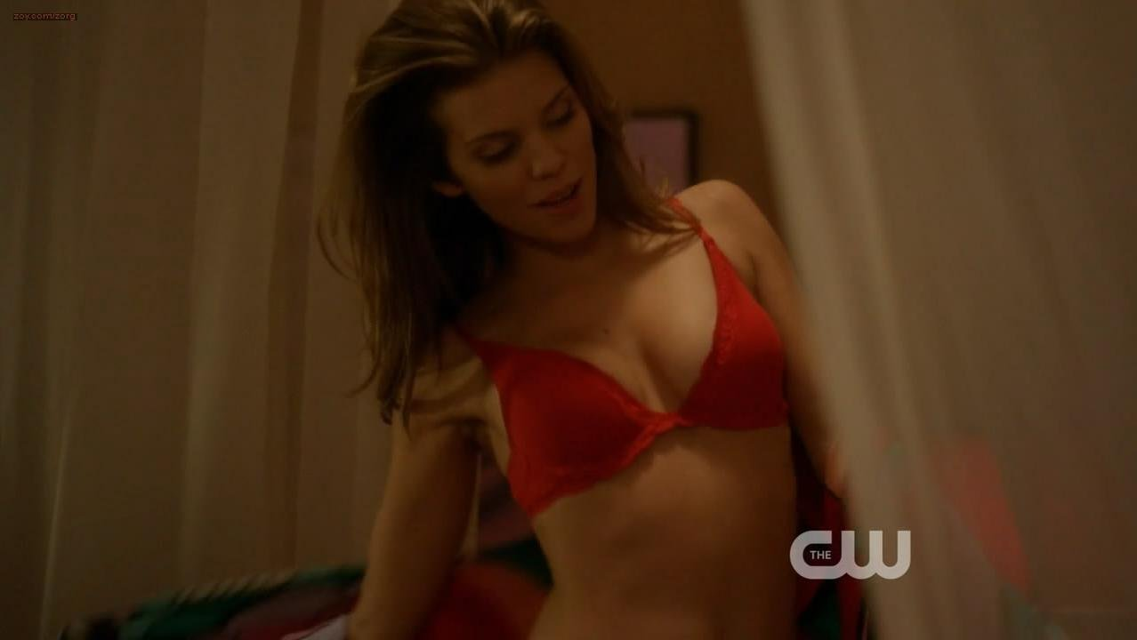 AnnaLynne McCord sexy - 90210 s05e20 (2013)