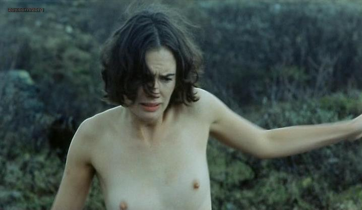 Lena Headey nude - Aberdeen (2000)