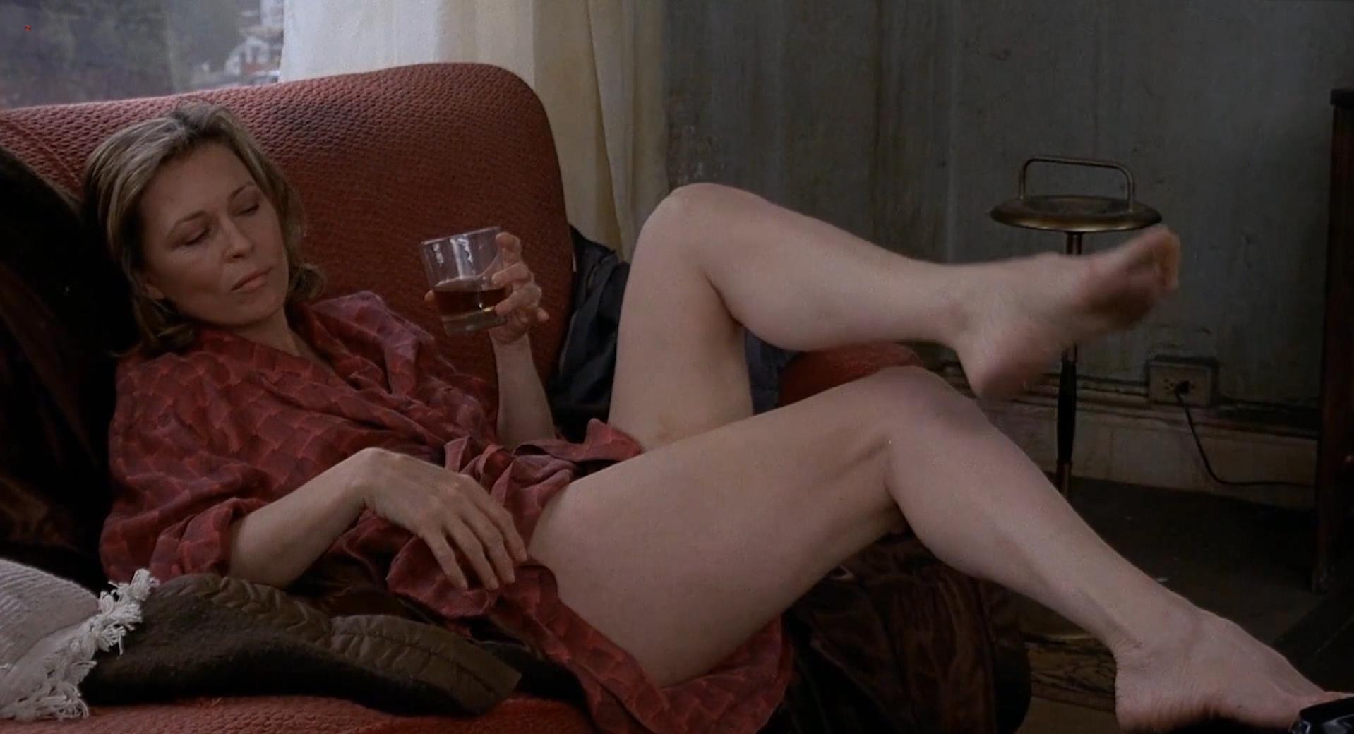 women sucking uncut cock
