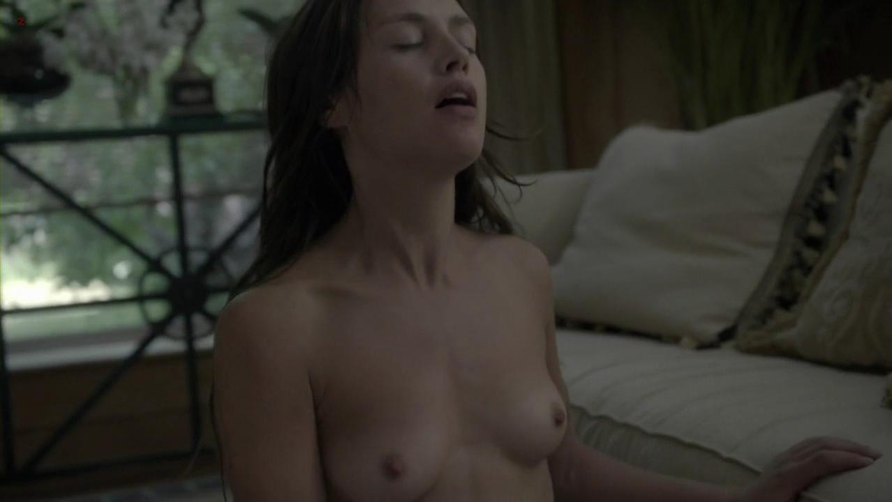 POLLY: Hannah ware nude video
