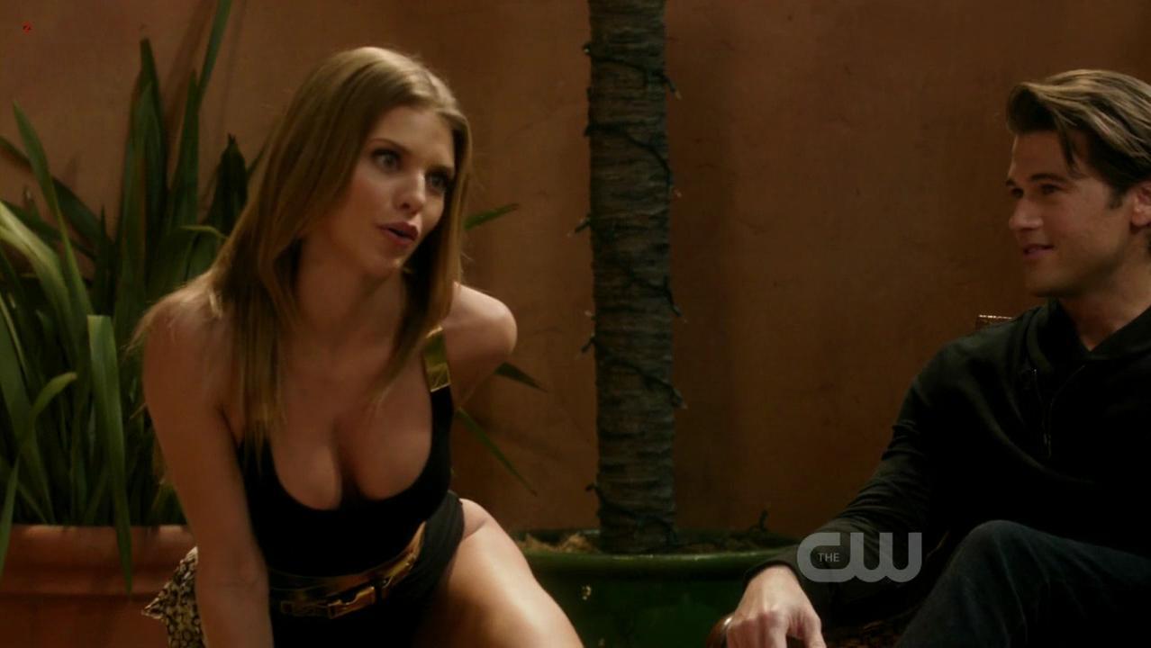AnnaLynne McCord sexy - 90210 s04e18 (2012)