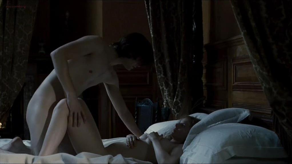Rachel Hurd-Wood sexy - Dorian Gray (2009)
