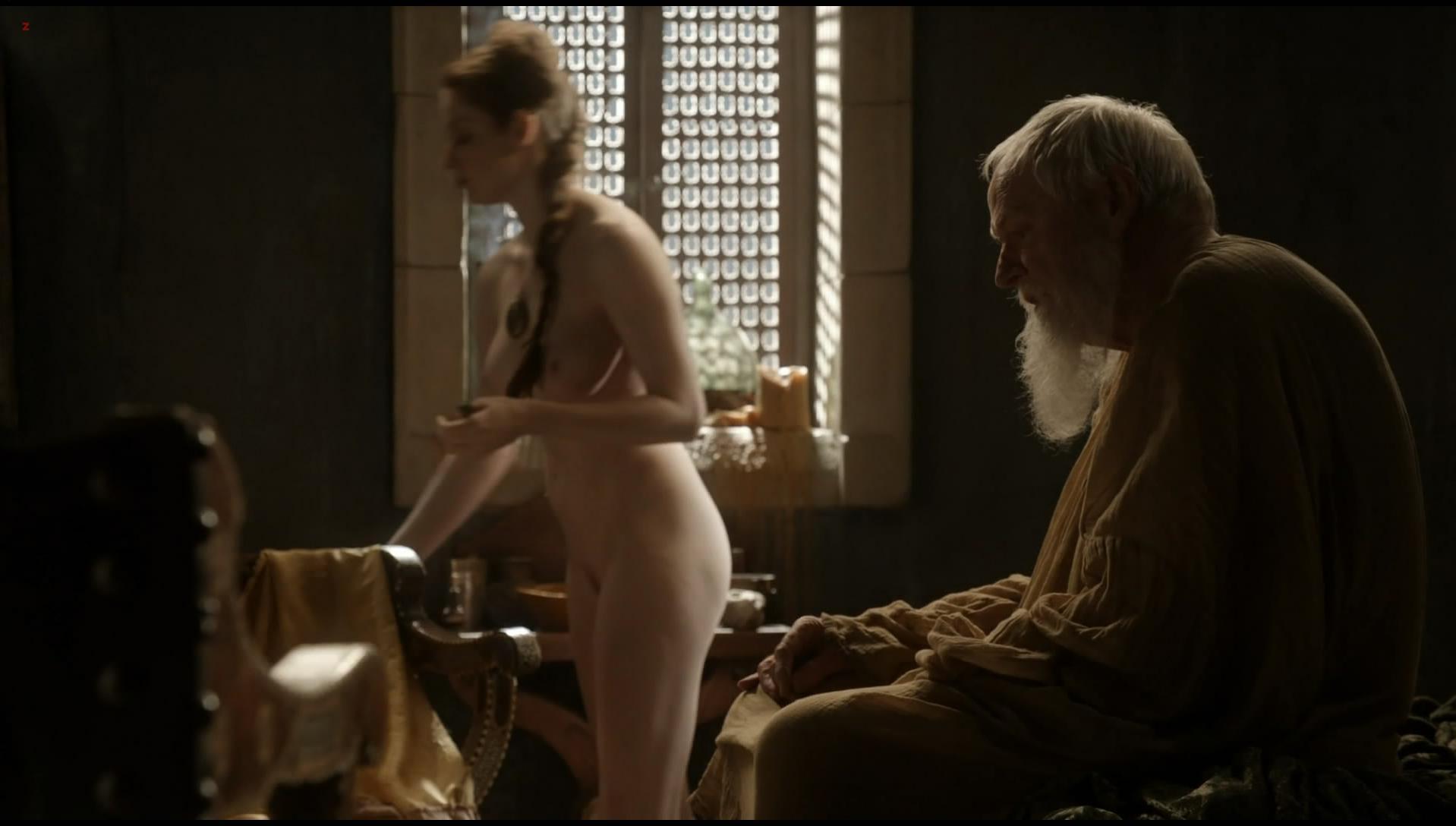 Esme Bianco nude - Game of Thrones s01e10 (2011)