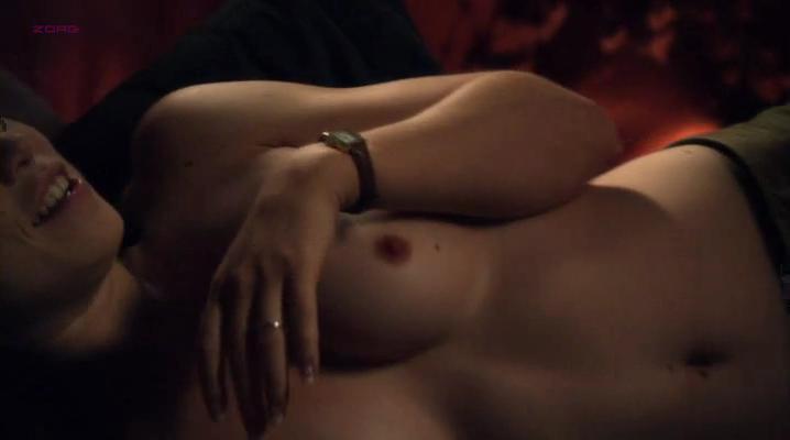 Attractive Nude Photos Of Amanda Fuller Photos