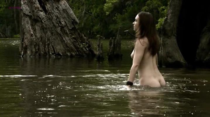 Jennifer Lynn Warren nude - Creature (2011)