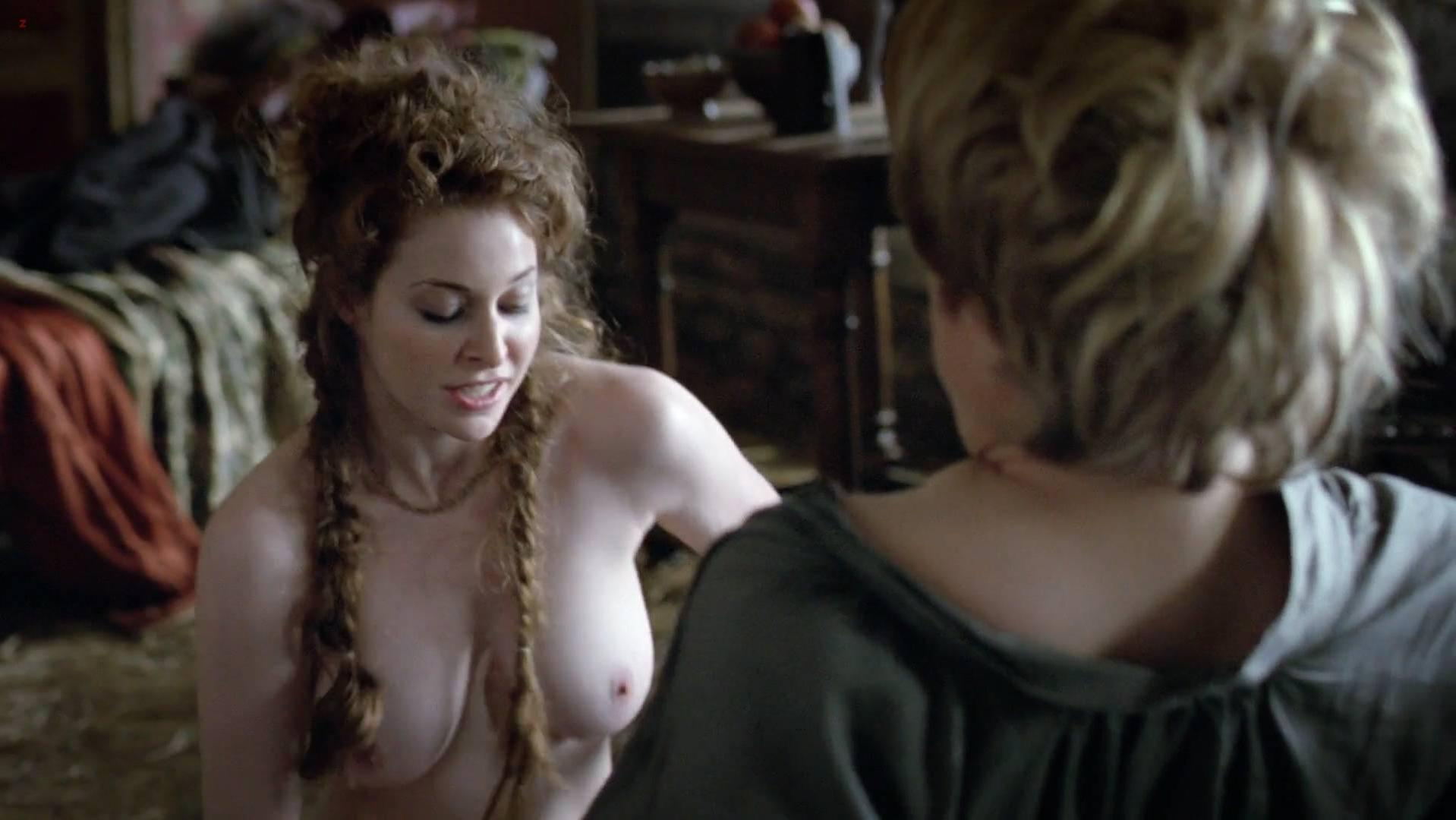 Esme Bianco nude - Game of Thrones s01e01 (2011)