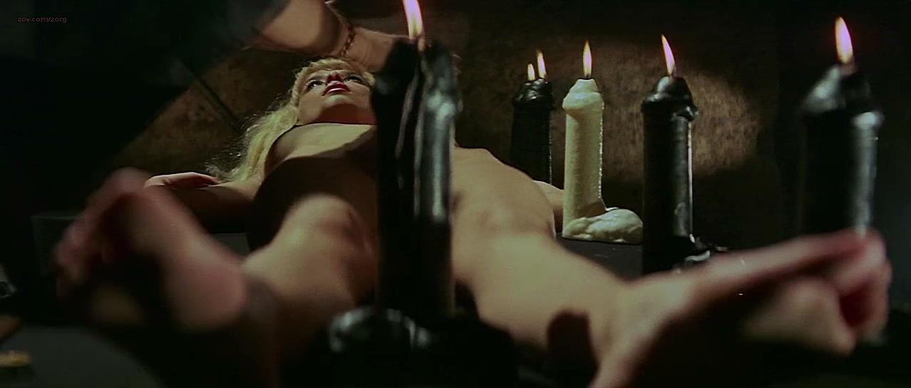 Ingrid Steeger nude - Ich-Ein Groupie (1970)