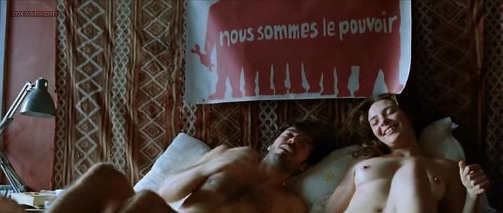 Jasmine Trinca nude - Il Grande Sogno (2009)