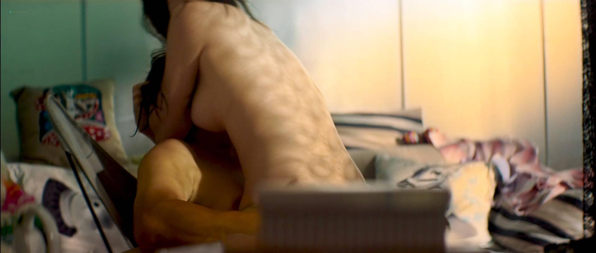 Nackt Winnie Leung  Winnie Leung