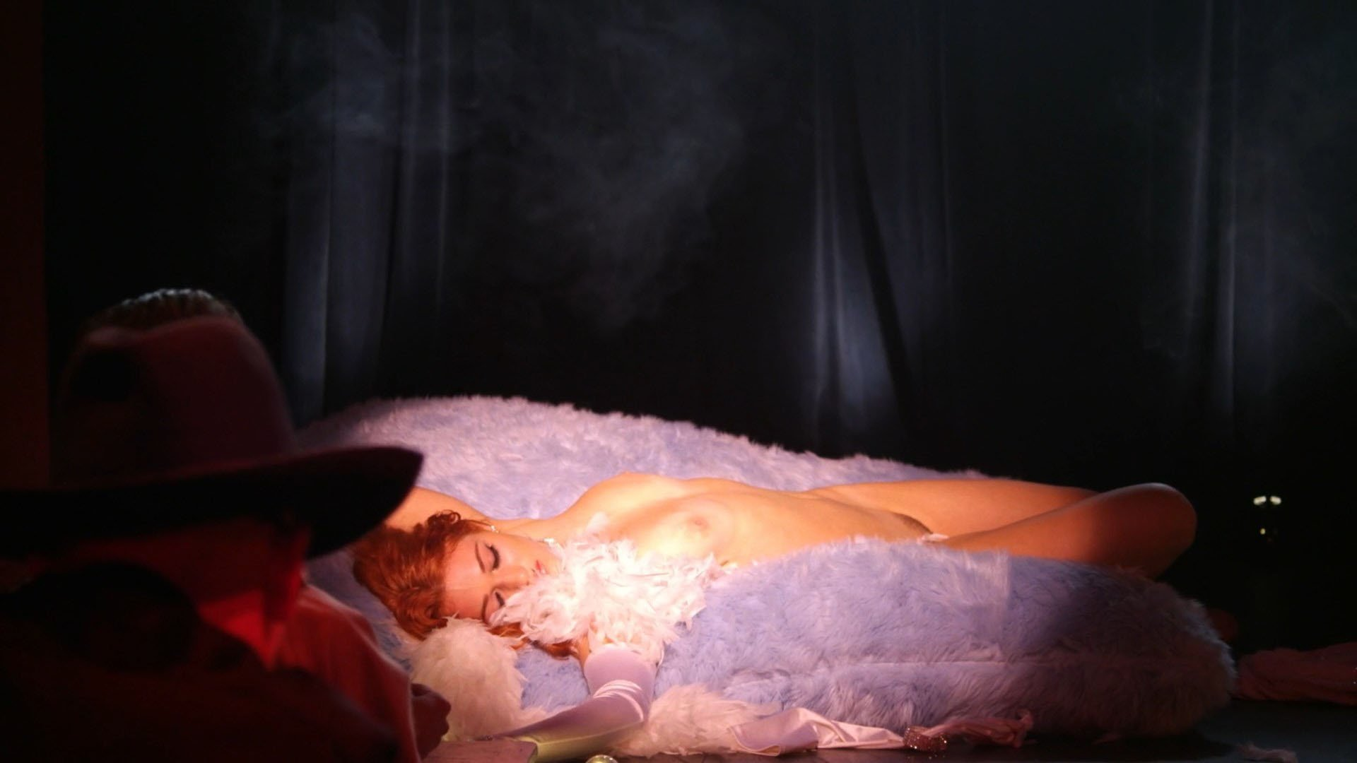 Nicole Arianna Fox nude - Paradise Club (2016)
