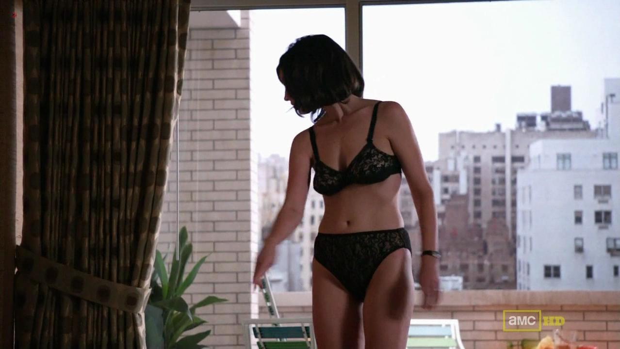 Jessica Pare sexy - Mad Men s05e01 (2012)