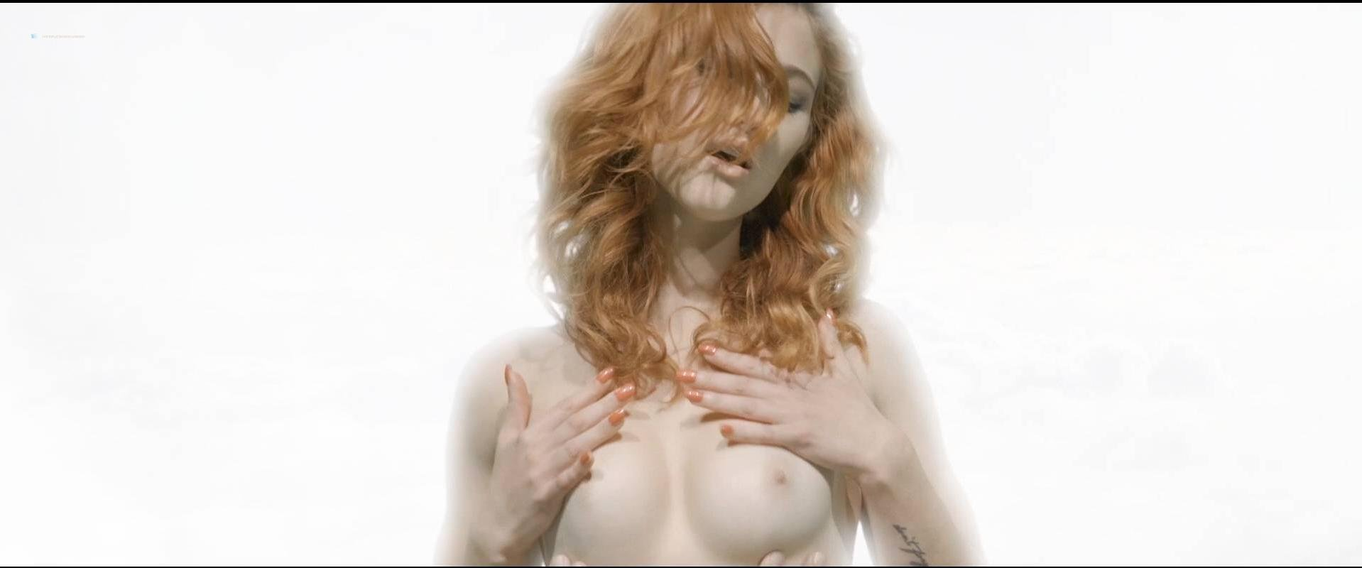 Alexis Codding nude, Caite Upton nude - Neron (2016)