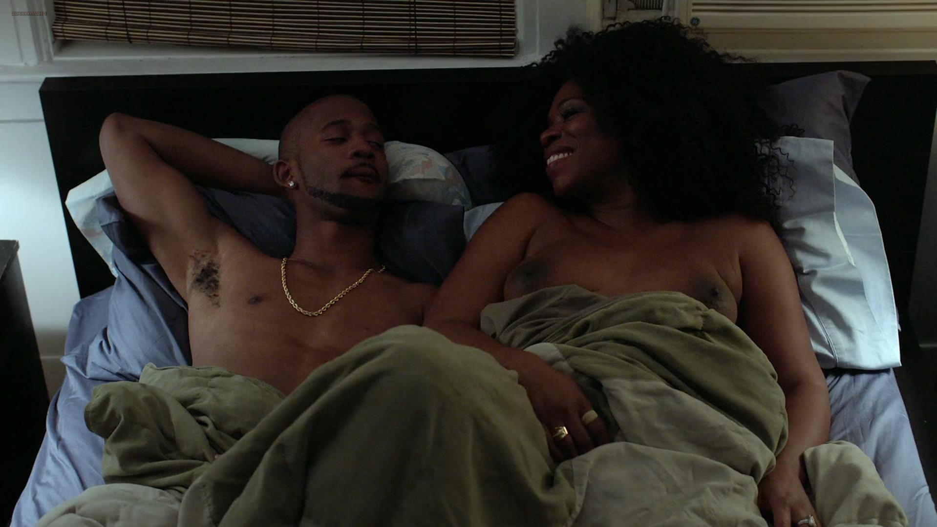 Lorraine Toussaint nude - Orange is the New Black s02e12 (2014)