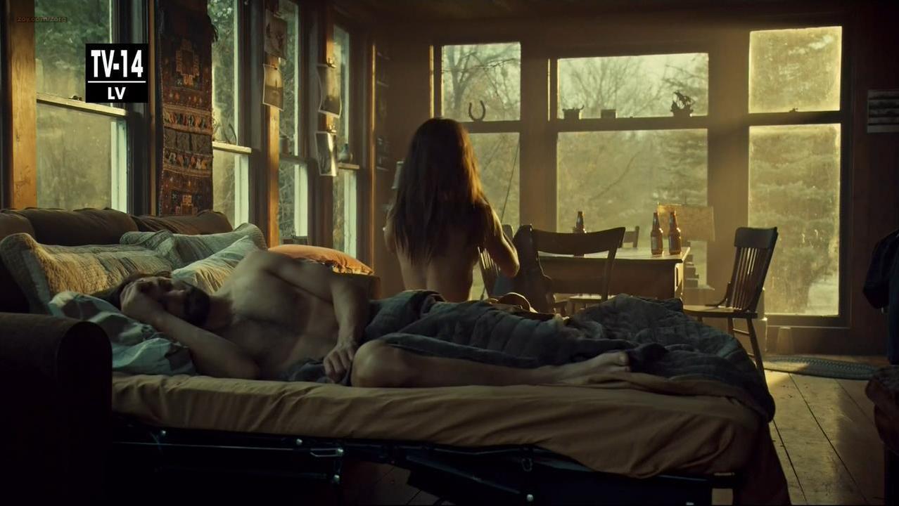 Tatiana Maslany sexy - Orphan Black s02e07 (2014)