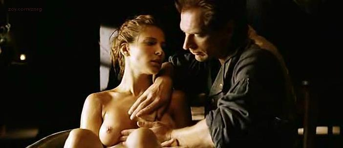 Elsa Pataky nude - Romasanta (2004)