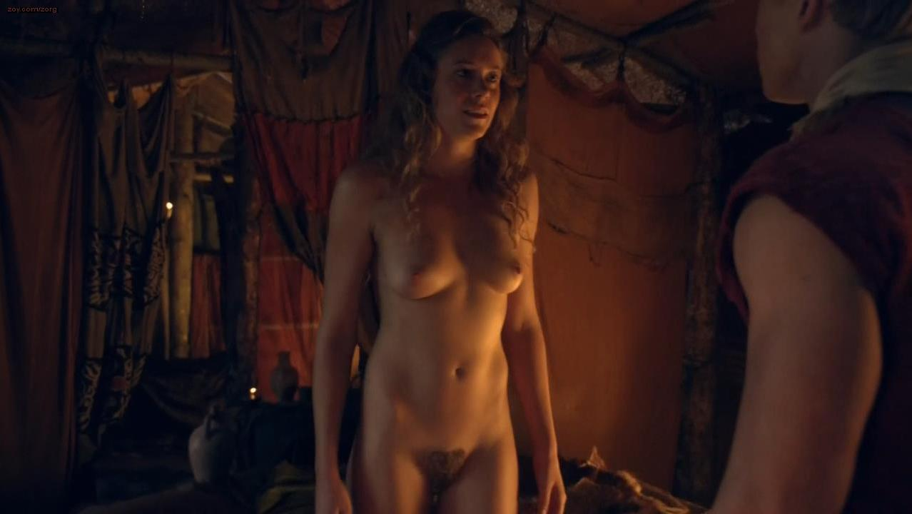 T-Ann Manora nude - Spartacus s03e09 (2013)