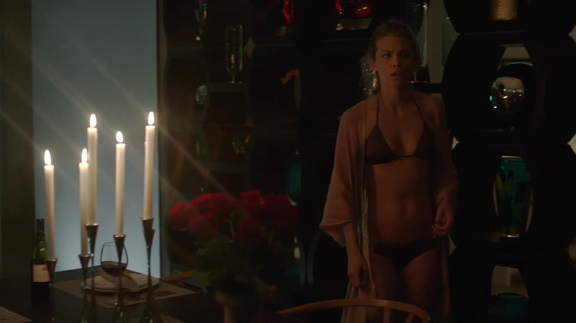 AnnaLynne McCord sexy - Stalker s01e07 (2014)