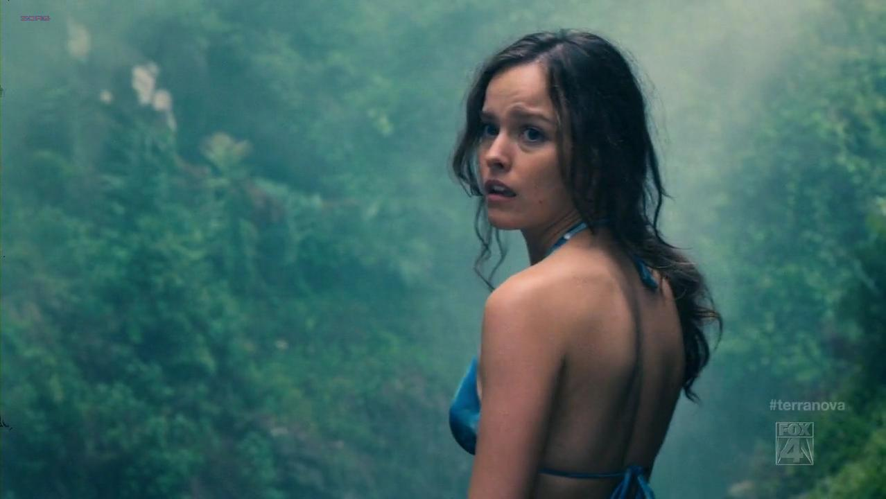 Allison Miller sexy - Terra Nova s01e01 (2011)