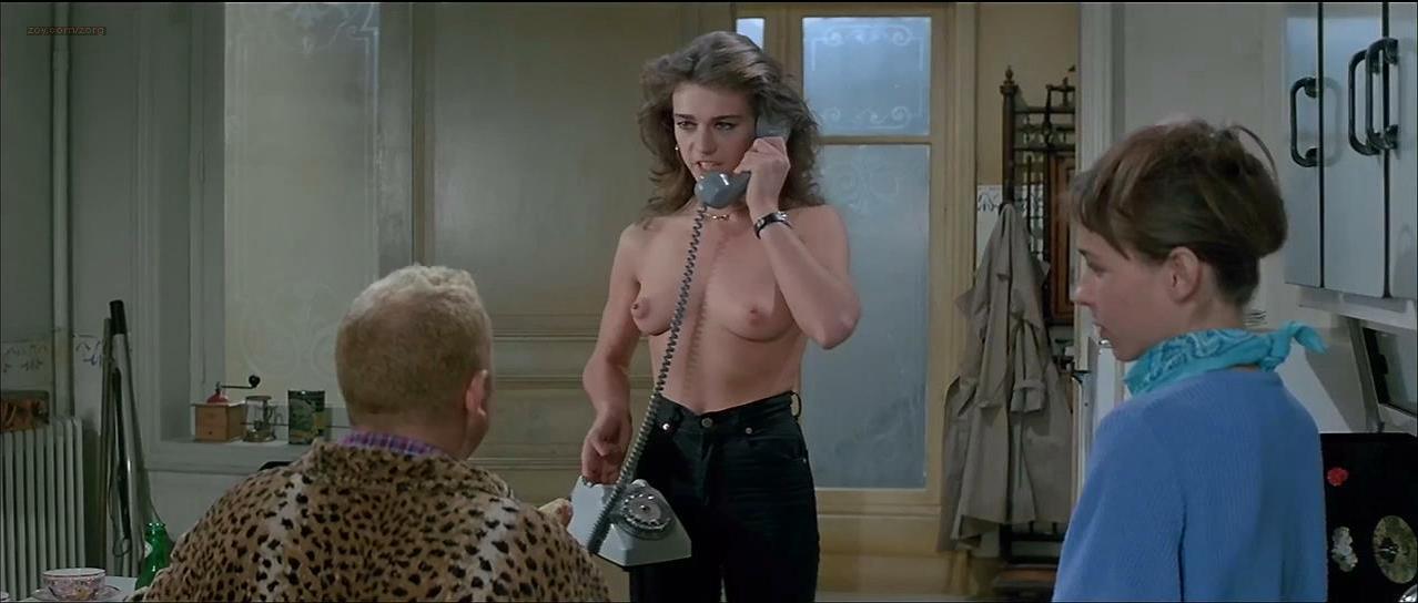 Maruschka Detmers nude - La vengeance du serpent a plumes (1984)