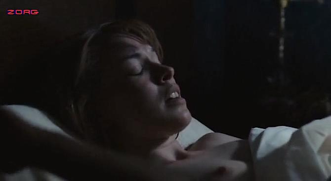 Christine Horne nude, Ellen Page sexy - The Stone Angel (2007)