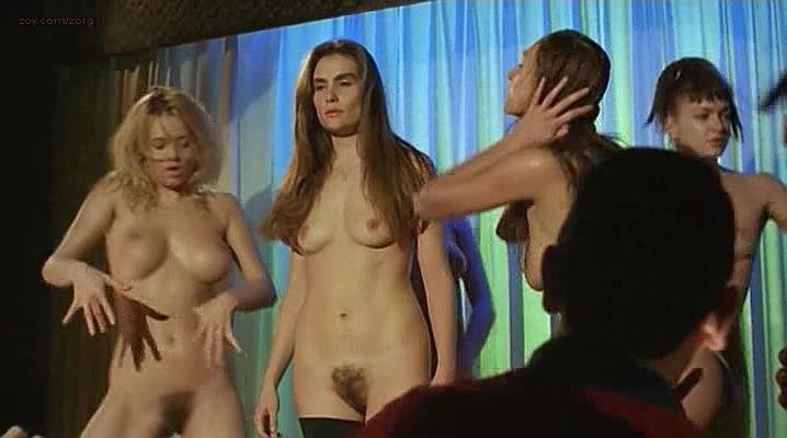 Emmanuelle Seigner nude - Le sourire (1994)