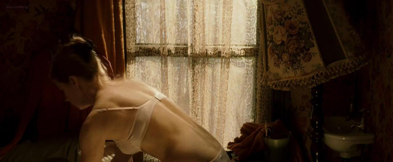 Amy Adams sexy - Leap Year (2010)