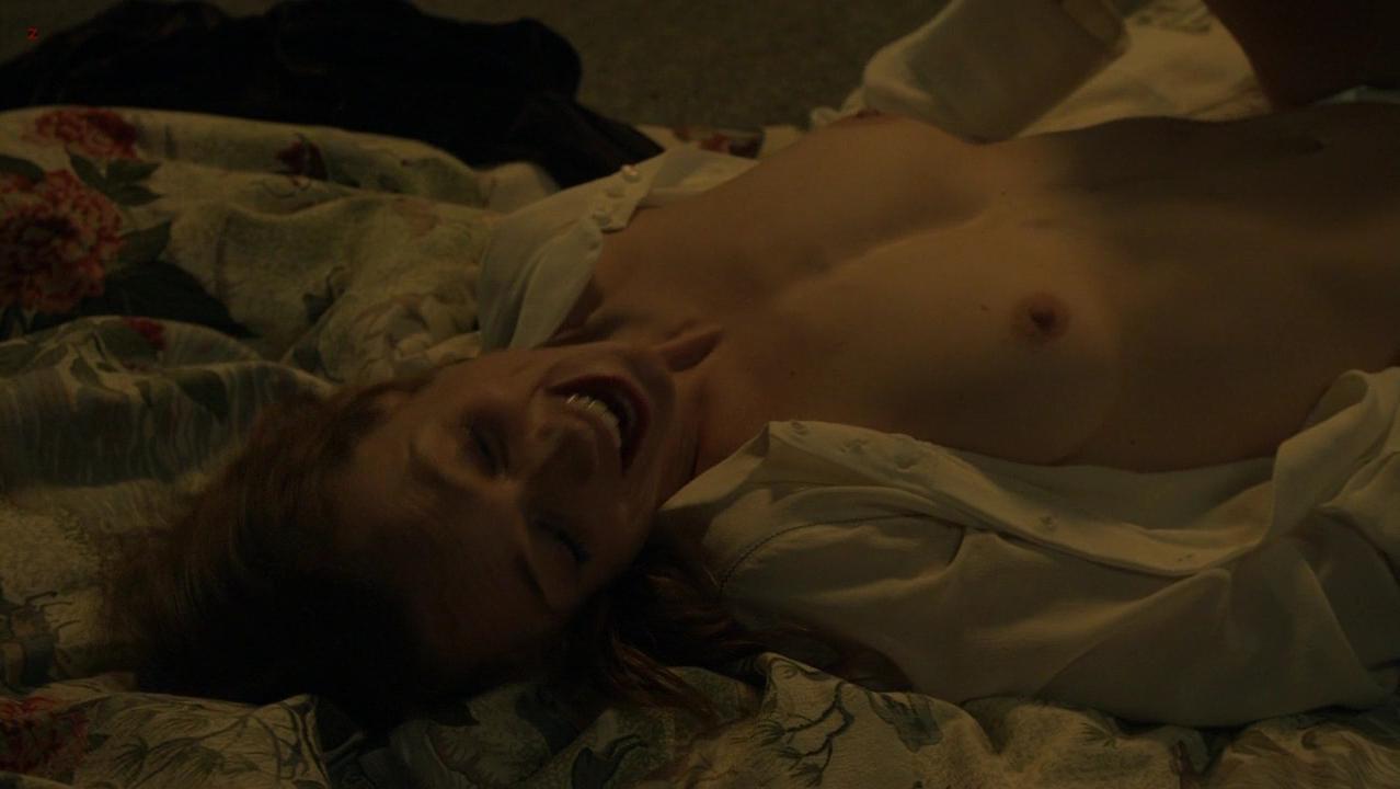 Kerry Condon nude - Luck s01e04 (2012)