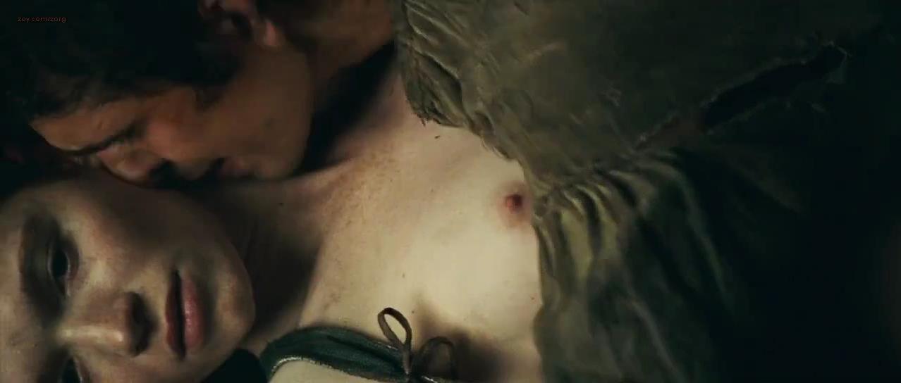 Karoline Herfurth nude - Perfume The Story of a Murderer (2006)
