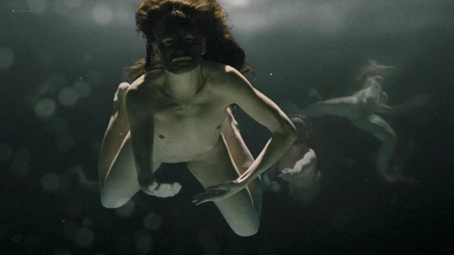 Sarah Zoe Canner nude, Katarzyna Herman nude - Prawdziwa historia (2009)