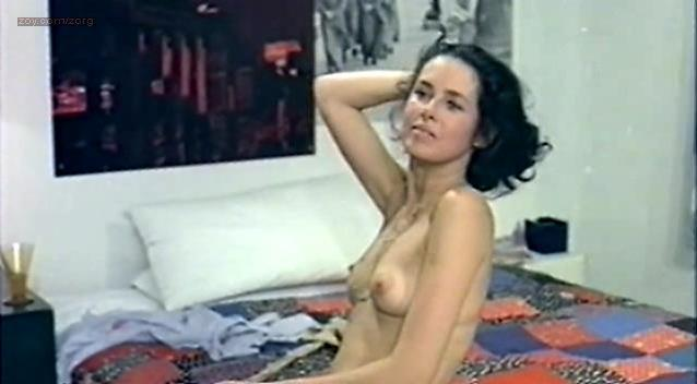 Dayle Haddon nude - La supplente (1975)
