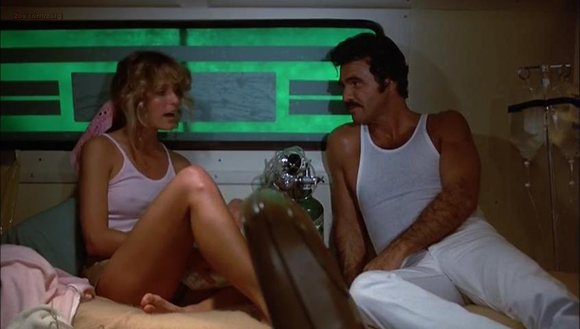 Farrah Fawcett sexy - The Cannonball Run (1981)
