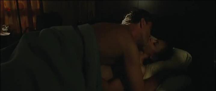 Alexis Bledel sexy - The Kate Logan Afair (2010)