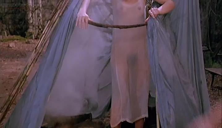 Emmanuelle Beart nude, Ornella Muti sexy - The Voyage of Captain Fracassa (1991)