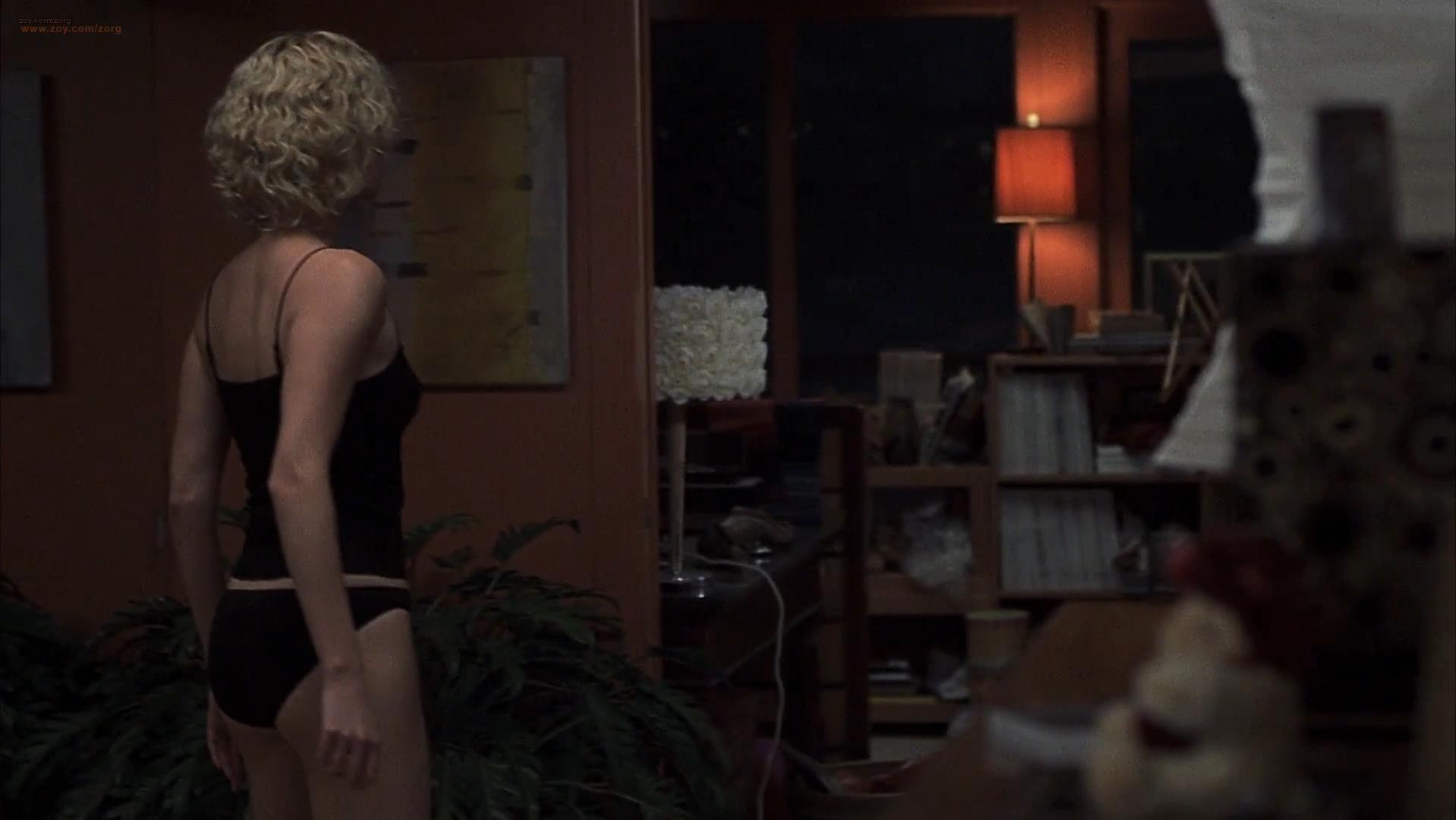 Charlize Theron sexy, Courtney Love sexy - Trapped (2002)
