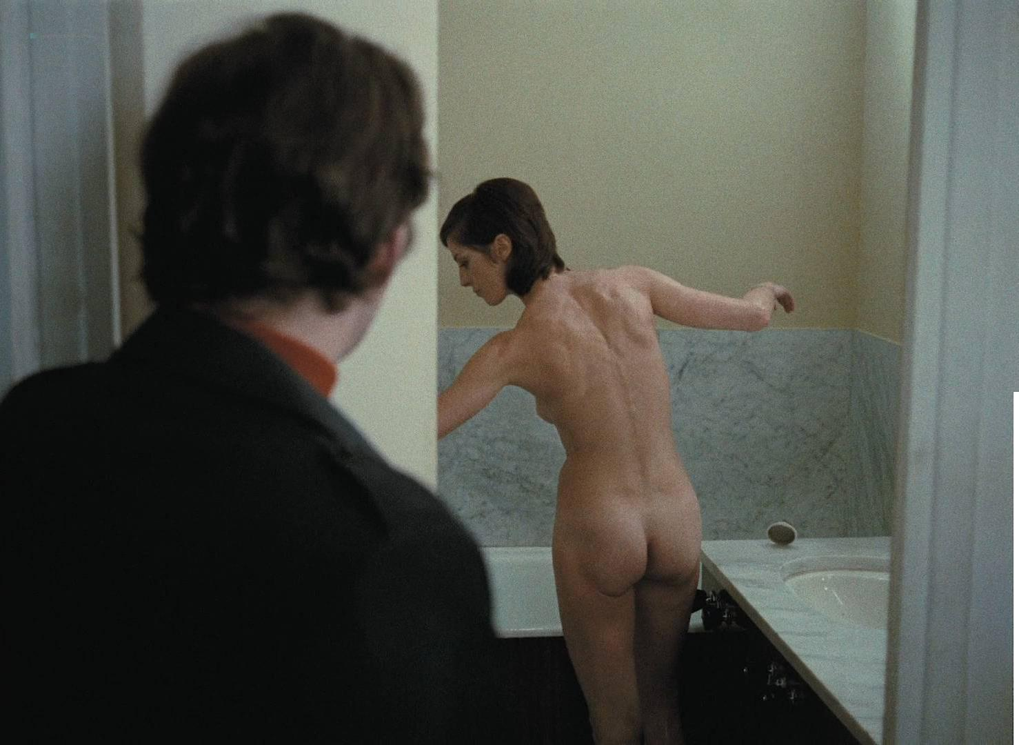 Zouzou nude, Francoise Verley nude - Love in the Afternoon (1972)