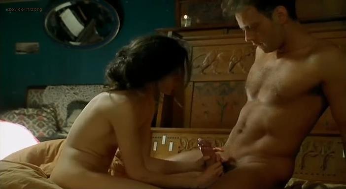 Caroline Ducey nude - Romance (1999)