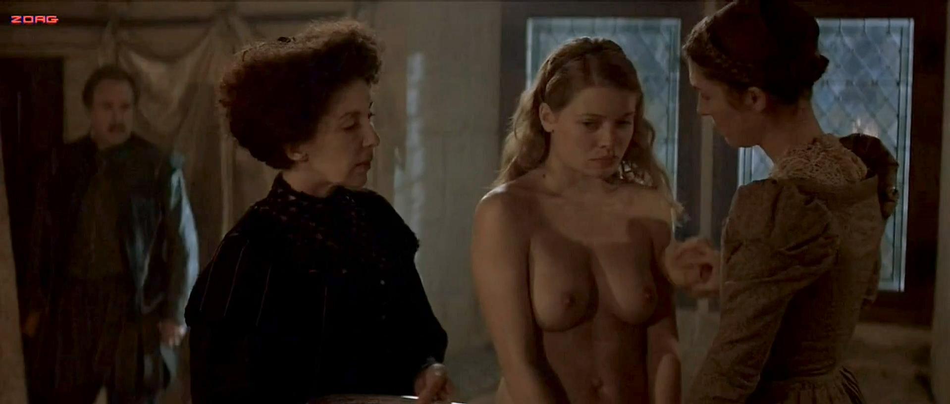 Melanie Thierry nude - La princesse de Montpensier (2010)