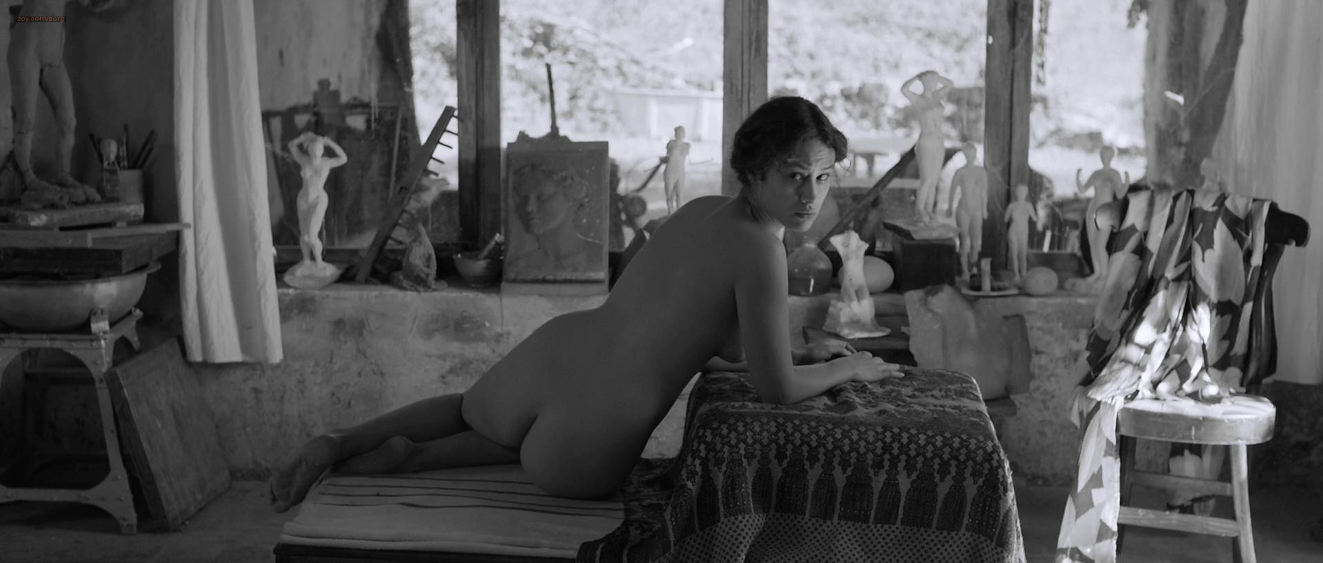 ... Aida Folch nude - The Artist and the Model (2012)