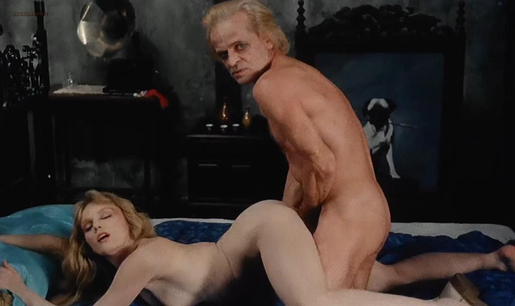 Isabelle Illiers nude, Arielle Dombasle nude - Les fruits de la Passion (1981)